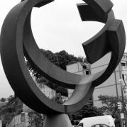 A Sculpture in Bilbao is the inachieved World /El Mundo Inacabado