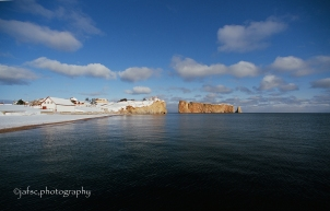 Rocher Percé, Gaspésie, in winter
