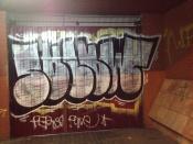 Graffiti en alguna puerta de Garage