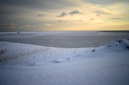 Semi iced sea in Pasbebiac